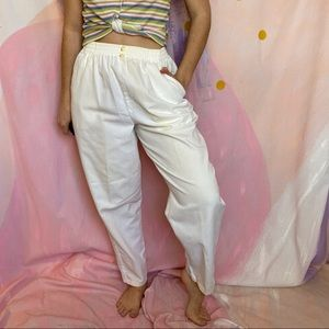 VINTAGE 1980s White Casual Baggy Tapered Mom Pants